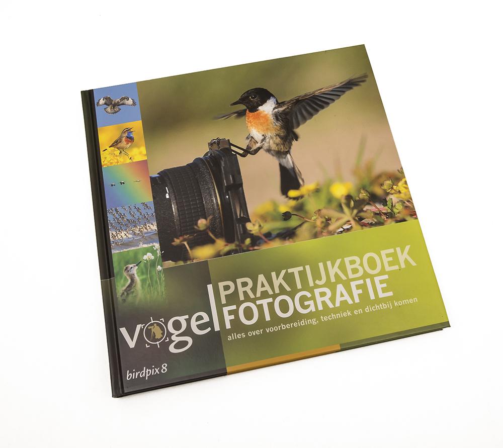 Cover-Praktijkboek-Vogelfotografie